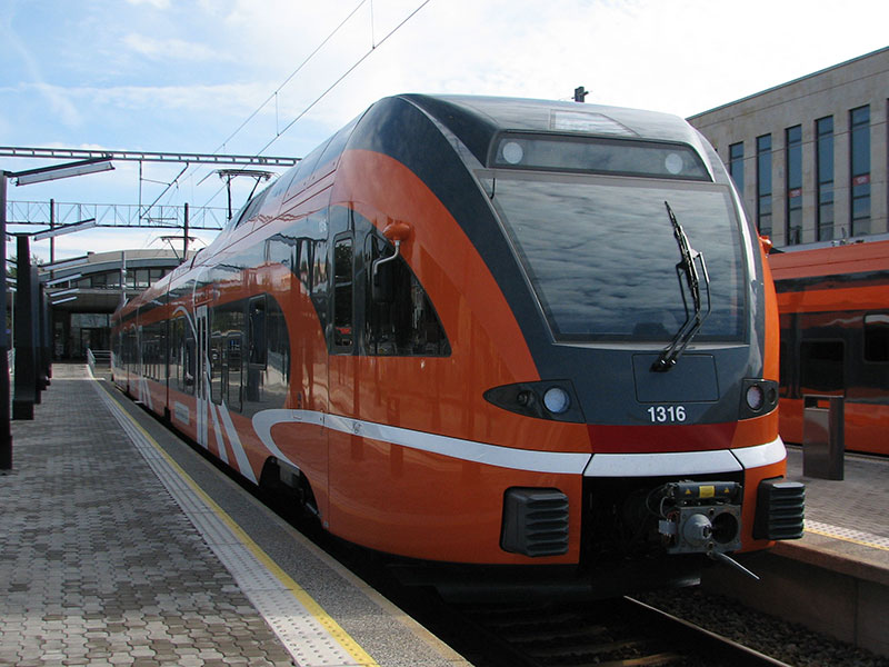 DMU Stadler Rail FLIRT Elektriraudtee Estonia