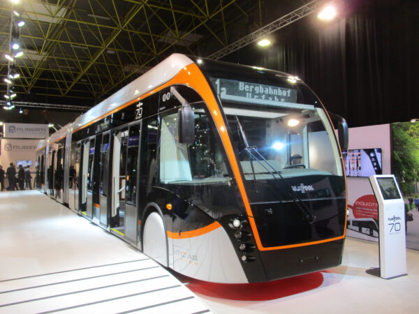 VanHool ExquiCity electric bus Linz